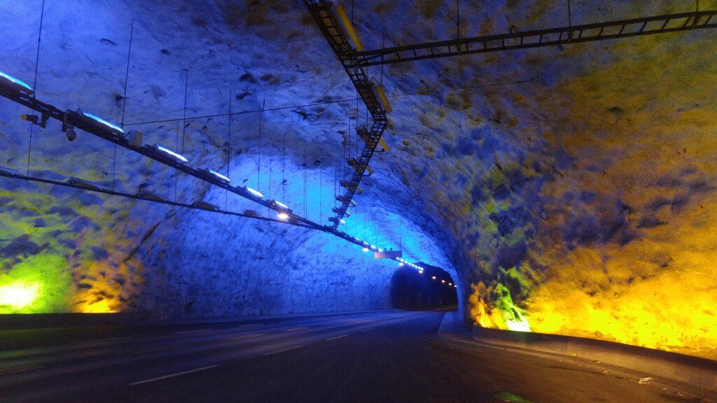 Lardalstunnelen (Lardal Tunnel) in Norway